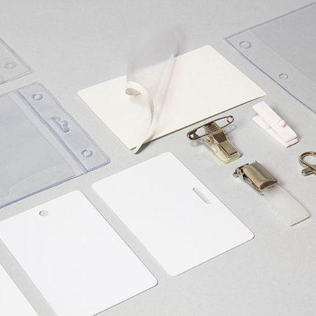 Accessoires badges et cartes