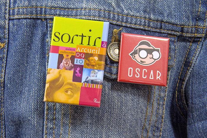Badge bouton rectangle et carré - Oscar Productions Nantes billetterie et gestion d'accès sécurisée