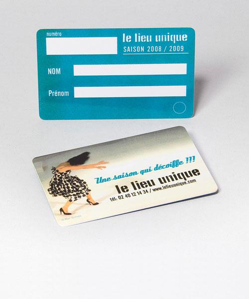 Carte d'abonnement ou d'adhérent en PVC - Oscar Productions Nantes billetterie et gestion d'accès sécurisée