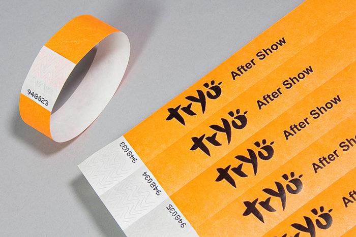 Bracelets en papier Tyvek imprimés et personnalisés - Oscar Productions Nantes billetterie et gestion d'accès sécurisée