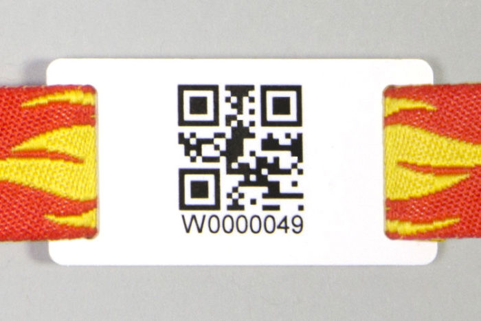 Passant pour bracelet avec QR-Code