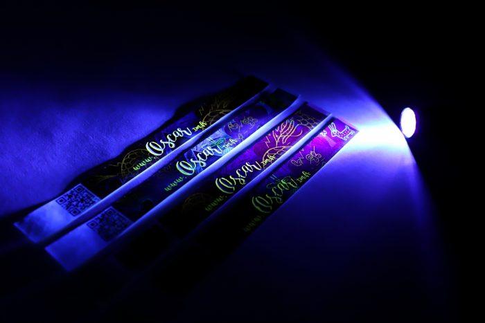 Bracelets papier indéchirable fluo OSCAR
